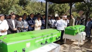 Eyyübiye'de Ölen 2 Kardeş Defnedildi