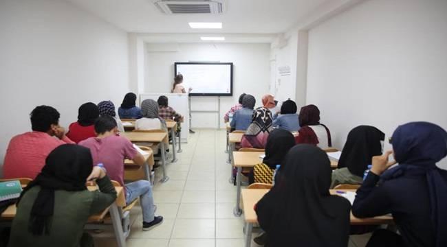 Haliliye Belediyesi Kurslarından 130 Öğrenci Üniversiteli Oldu