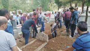 Morgda Cenazeler Karışınca Mezarı Açıldı