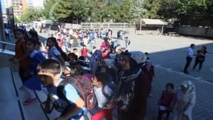 Siverek'te 81 Bin 576 Öğrenci Ders Başı Yaptı