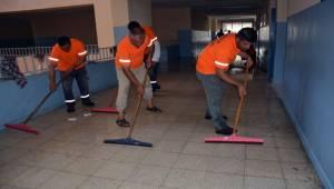 Siverek'teki Okullarda Kapsamlı Temizlik