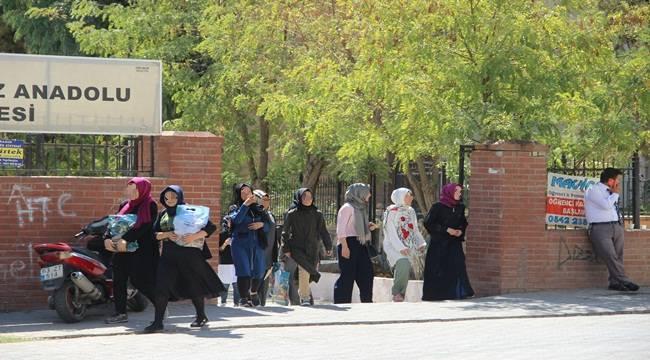 Urfa'da 692 Bin Öğrenci Ders Başı Yaptı