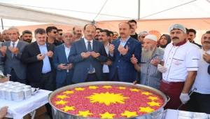 Urfa'da Cumhurbaşkanlığı Aşure İkramı
