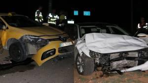 Urfa'da Ticari Taksi İle Otomobil Çarpıştı 5 Yaralı