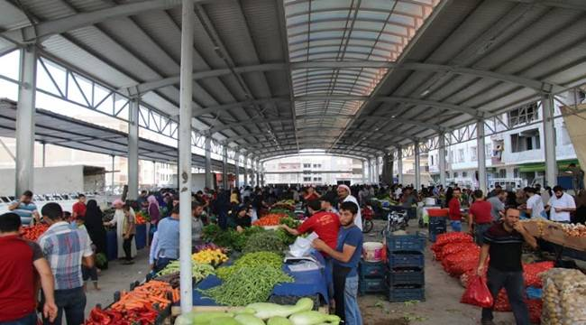Şehir merkezine ve ilçelere modern semt pazarları kazandıran Şanlıurfa Büyükşehir Belediyesi'nin Eyyübiye ilçesinde yaptığı Yenice Semt Pazarı sayesinde dağınık pazar kültürü ortadan kalktı. İlçe halkı çalışmalarından dolayı Büyükşehir ile ilgili görsel sonucu