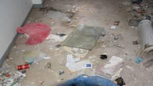 Boşaltılan Hastane Binası Bağımlıların Meskeni Oldu