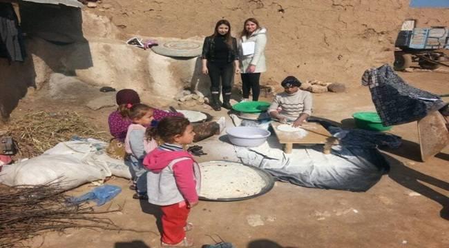 Gezici Öğretmenler Köylerde Eğitim Sunuyor