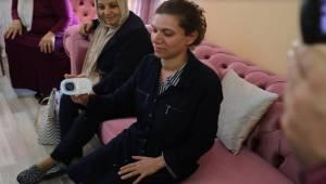 İşitme engeli ailelerin evine titreşimli bebek telsizi yerleştirildi