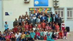 Sağlık İlkokuluna Kırtasiye Yardımı