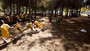 Sende Spor Yap Gençleri Piknik Yaptı