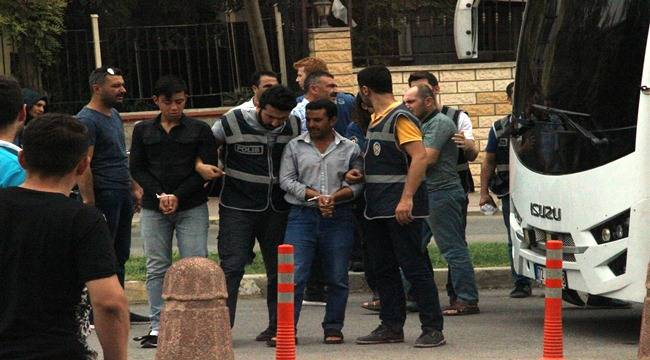 Urfa'da Gözaltına Alınan 21 Kişiden 4'ü Tutuklandı