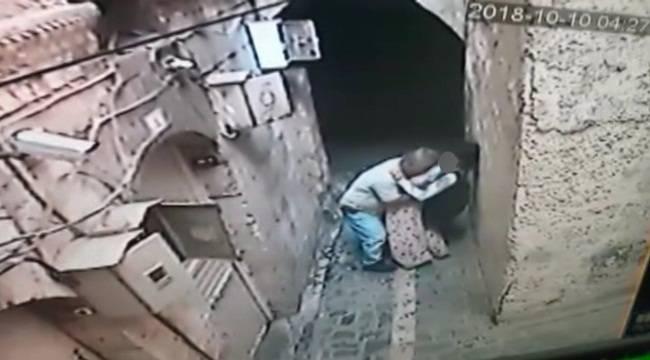 Urfa'da İğrenç Olay Dakikalarca Kızı Taciz Etti