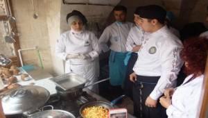 Urfa Yemekleri İzmir'de Öğretiliyor