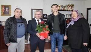 Gazi Akkaynak'tan Başkan Yaralı'ya Teşekkür Ziyareti