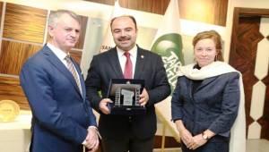 Kanada Büyükelçisi Cooter Nihat Çiftçi'ye Ziyaret