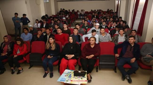 Karaköprü'de öğrencilere geri dönüşüm ve sıfır atık anlatıldı
