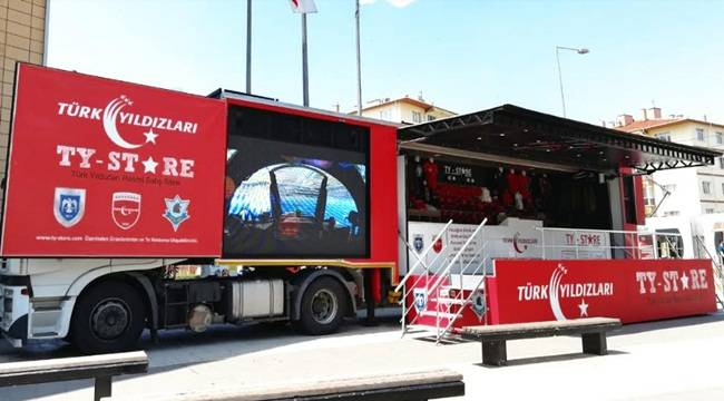 Türk Yıldızları Şanlıurfa'da Stant Açtı