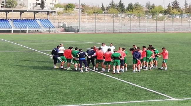 Yeşilyurt Belediyespor Ş.Urfa Belediyespor Maçına Hazırlanıyor