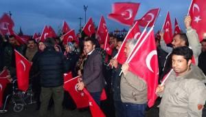 Ceylanpınar'dan Mehmetçiğe Türk Bayraklı Destek