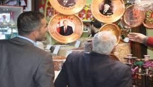 Cumhurbaşkanı Erdoğan İşlemeli Tepsiler birçok ile Gönderiliyor