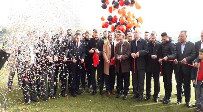 Efsane Futbolcular Şanlıurfa'da Saha Açtı