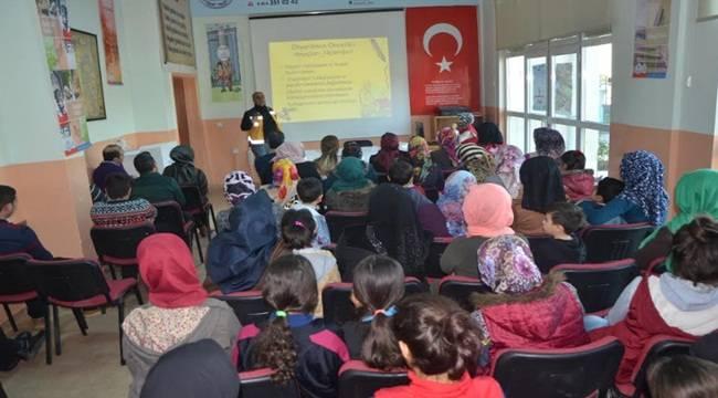 İpekyol Gençlik Merkezinden İlk Yardım Eğitimi
