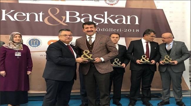Mehmet Ekinci Yılın Belediye Başkanı Seçildi