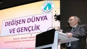 Prof. Nevzat Tarhan'ın Konferansına Yoğun İlgi