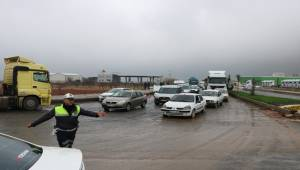 Şanlıurfa'da Kilometrelerce Araç Kuyruğu Oluştu