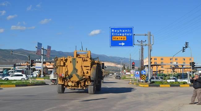 Şanlıurfa-Suriye Sınırına Askeri Araçlar Sevk Edildi