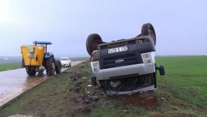 Siverek'te Öğretmenler Takla Attı 13 Yaralı