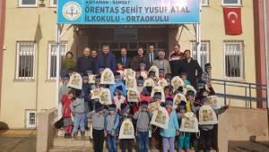 TARSİM'den Öğrencilere Kırtasiye Yardımı