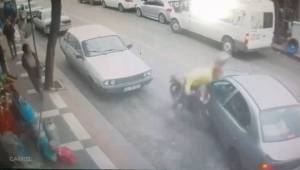 Yaralanan sürücü yerine kırılan aynasıyla ilgilendi