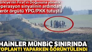 YPG'li teröristler Münbiç sınırında toplantı yaptı
