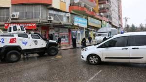 Çelik ve Gülcan Aileleri Arasında Kavga 1 Kişi Yaralandı