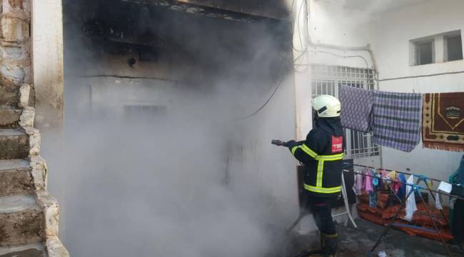Ceylanpınar'da Ev Yangını Korkuya Neden Oldu
