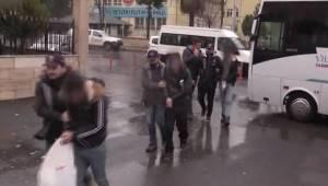 Kimlik Avı Dolandırıcıları Tutuklandı