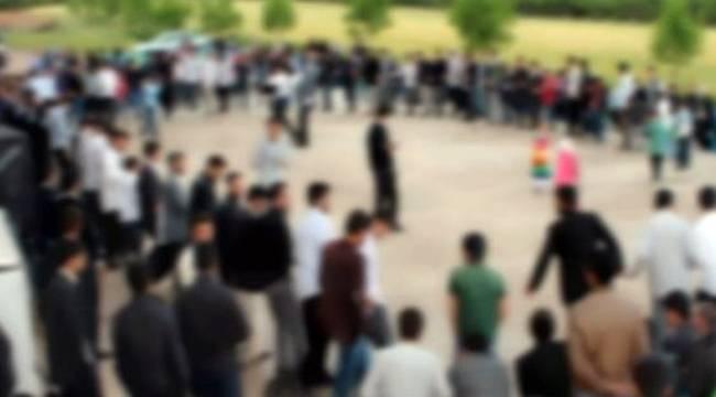 PKK'yı Övücü Şarkı Söyleyen 9 Kişi Gözaltına Alındı