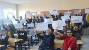 Siverek'te 79 Bin Öğrenci Karnelerini Aldı