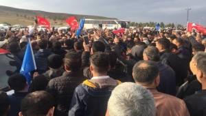 AK Aday Aksak'a Destek Artıyor