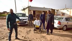 Atilla Engelli Gencin İsteğini Kırmadı