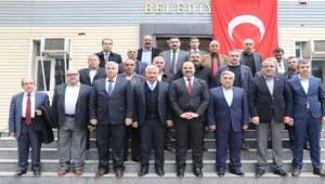 Başkan Çiftçi Pınarbaşı'nı Ziyaret Etti