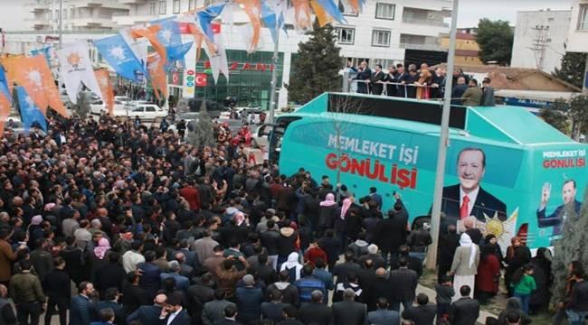 Beyazgül Akçakale'de Miting Gibi Seçim Bürosu Açılışı Yaptı