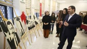 Karaköprü'de Kursiyerlerin Yaptığı Resimler Sergilendi