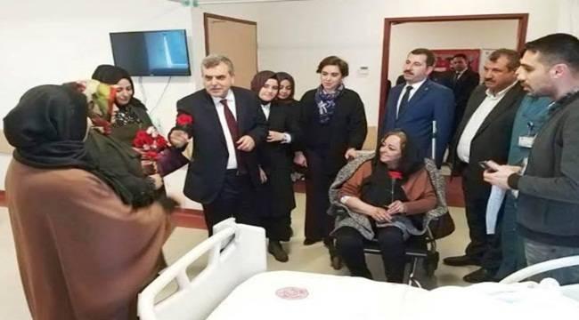 Şanlıurfa'da Ak Kadrolar Hastaları Ziyaret Etti
