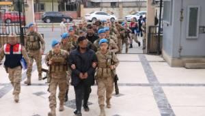 Terör propagandasından gözaltına alınan 11 kişi adliyede