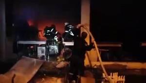 Ucuzluk Pazarında Çıkan Yangın Söndürüldü