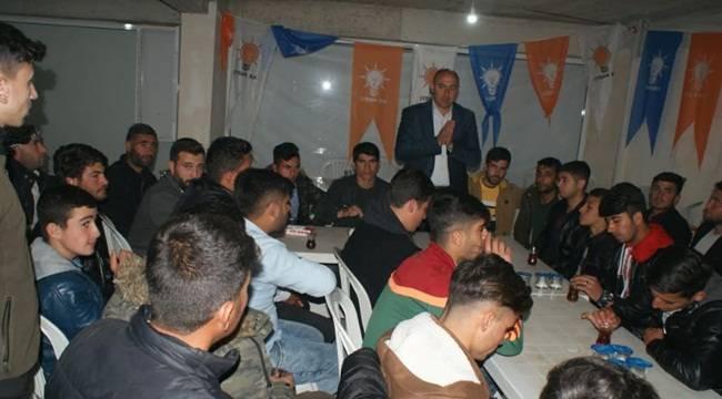 Aksoy Gençlerin Gönlünde Taht Kurdu