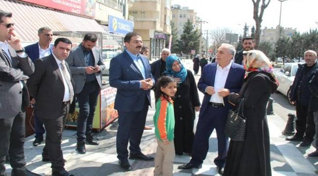 Fakıbaba ve Canpolat Yunus Emre Caddesini Gezdi