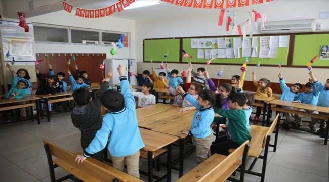 Karaköprü Çocuklar Kendi Oyuncağını Kendisi Yapıyor